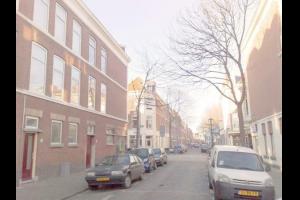 Bekijk studio te huur in Den Haag Tasmanstraat: Lovely, modern furnished studio - € 625, 30m2 - 299302