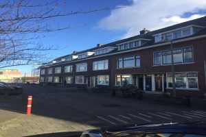 View house for rent in Schiedam Fahrenheitstraat, € 1690, 140m2 - 372129. Interested? check out this house and leave a message!