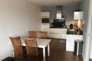 Bekijk appartement te huur in Ede Robijnstraat, € 975, 62m2 - 375063. Geïnteresseerd? Bekijk dan deze appartement en laat een bericht achter!
