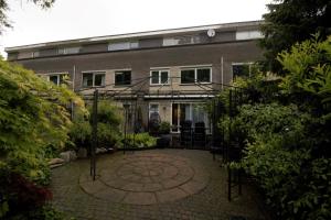 Bekijk woning te huur in Almere Zijderupsstraat, € 1500, 130m2 - 302522. Geïnteresseerd? Bekijk dan deze woning en laat een bericht achter!