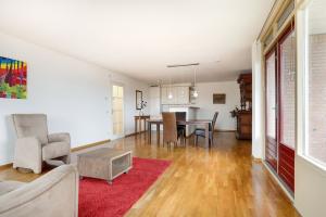 Bekijk appartement te huur in Den Bosch Pettelaarseweg, € 1350, 110m2 - 376416. Geïnteresseerd? Bekijk dan deze appartement en laat een bericht achter!