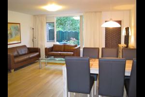 Bekijk woning te huur in Amstelveen Schutsluis, € 2450, 150m2 - 286059. Geïnteresseerd? Bekijk dan deze woning en laat een bericht achter!