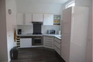 Bekijk appartement te huur in Den Haag Sloepstraat, € 1150, 80m2 - 362201. Geïnteresseerd? Bekijk dan deze appartement en laat een bericht achter!