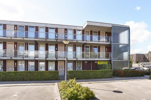 View apartment for rent in Almere Grunewaldstraat, € 850, 84m2 - 365602. Interested? check out this apartment and leave a message!