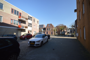View house for rent in Groningen Oudeweg, € 760, 36m2 - 387990. Interested? check out this house and leave a message!