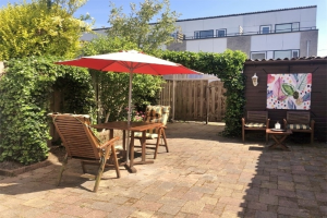 View house for rent in Capelle Aan Den Ijssel Socratestuin, € 1450, 100m2 - 395101. Interested? check out this house and leave a message!
