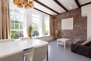 Bekijk appartement te huur in Amsterdam Herengracht, € 1400, 35m2 - 352728. Geïnteresseerd? Bekijk dan deze appartement en laat een bericht achter!