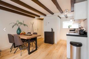Bekijk appartement te huur in Utrecht Zwaansteeg, € 1395, 65m2 - 387366. Geïnteresseerd? Bekijk dan deze appartement en laat een bericht achter!