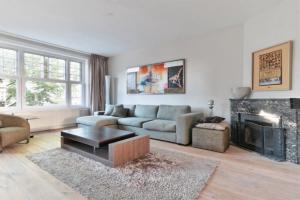 Bekijk appartement te huur in Amsterdam Beethovenstraat, € 4000, 250m2 - 394329. Geïnteresseerd? Bekijk dan deze appartement en laat een bericht achter!