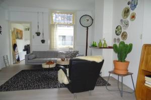 Bekijk woning te huur in Delft Eliza Dorusstraat, € 1250, 70m2 - 380890. Geïnteresseerd? Bekijk dan deze woning en laat een bericht achter!