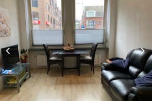 Bekijk studio te huur in Den Bosch Pastoor de Kroonstraat, € 825, 35m2 - 386299. Geïnteresseerd? Bekijk dan deze studio en laat een bericht achter!