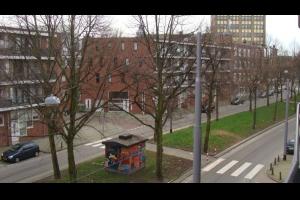 Bekijk appartement te huur in Rotterdam Claes de Vrieselaan: Zeer ruime 3-kamerappartement  - € 975, 75m2 - 304135
