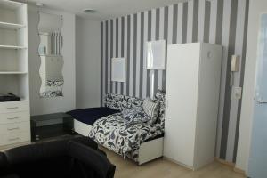 For rent: Studio Van 't Hoffplein, Schiedam - 1