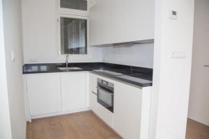 Bekijk appartement te huur in Amsterdam Amsteldijk: Gerenoveerd appartement - € 1500, 55m2 - 355092