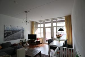 Bekijk appartement te huur in Eindhoven Lichtstraat, € 1350, 94m2 - 376202. Geïnteresseerd? Bekijk dan deze appartement en laat een bericht achter!