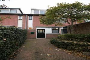 Bekijk woning te huur in Lelystad K. 12, € 2200, 120m2 - 353968. Geïnteresseerd? Bekijk dan deze woning en laat een bericht achter!