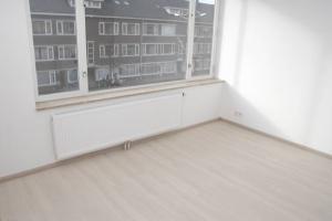 Bekijk appartement te huur in Den Haag De Genestetlaan, € 795, 35m2 - 379979. Geïnteresseerd? Bekijk dan deze appartement en laat een bericht achter!