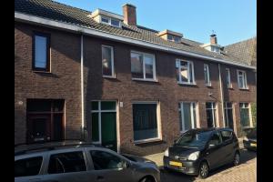 Bekijk appartement te huur in Tilburg Bisschop Metziusstraat, € 650, 40m2 - 294725. Geïnteresseerd? Bekijk dan deze appartement en laat een bericht achter!