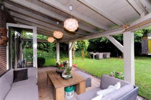 Bekijk woning te huur in Den Haag Fluitenkruid: Villa - € 2500, 165m2 - 338668