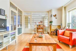 Bekijk appartement te huur in Groningen Moddermanlaan, € 1175, 75m2 - 380951. Geïnteresseerd? Bekijk dan deze appartement en laat een bericht achter!