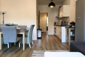Bekijk appartement te huur in Leiden Langebrug, € 1050, 38m2 - 379524. Geïnteresseerd? Bekijk dan deze appartement en laat een bericht achter!
