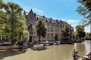 Bekijk appartement te huur in Amsterdam Herengracht: Appartement - € 2495, 82m2 - 310421