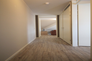 Bekijk appartement te huur in Bunschoten-Spakenburg Visventerssteeg: Mooie gerenoveerde bovenwoning - € 995, 62m2 - 341121