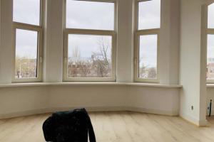 Bekijk appartement te huur in Rotterdam B. Meineszplein, € 1649, 137m2 - 360159. Geïnteresseerd? Bekijk dan deze appartement en laat een bericht achter!