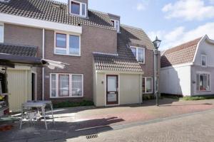 Bekijk appartement te huur in Beverwijk Arendsweg, € 1175, 75m2 - 366620. Geïnteresseerd? Bekijk dan deze appartement en laat een bericht achter!