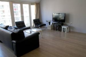 Bekijk appartement te huur in Den Haag Kruismast, € 1295, 85m2 - 368538. Geïnteresseerd? Bekijk dan deze appartement en laat een bericht achter!