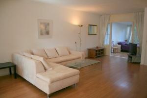 Bekijk appartement te huur in Den Haag Gentsestraat, € 1150, 80m2 - 324135. Geïnteresseerd? Bekijk dan deze appartement en laat een bericht achter!