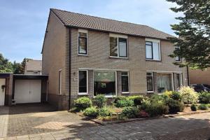 Bekijk woning te huur in Hengelo Ov Hermelijnstraat, € 975, 112m2 - 370130. Geïnteresseerd? Bekijk dan deze woning en laat een bericht achter!