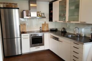 Bekijk appartement te huur in Rotterdam Pompenburg, € 1795, 100m2 - 345310. Geïnteresseerd? Bekijk dan deze appartement en laat een bericht achter!