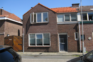 View house for rent in Beverwijk Sionstraat, € 1750, 58m2 - 388076. Interested? check out this house and leave a message!