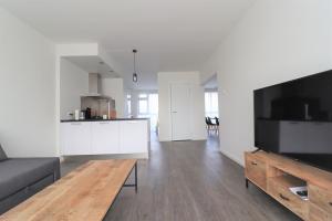 Bekijk appartement te huur in Amsterdam Kleiburg, € 1650, 80m2 - 384113. Geïnteresseerd? Bekijk dan deze appartement en laat een bericht achter!