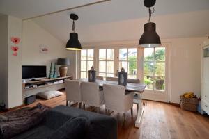Bekijk woning te huur in Blaricum Baars, € 1750, 140m2 - 364705. Geïnteresseerd? Bekijk dan deze woning en laat een bericht achter!