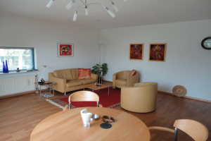 View house for rent in Ijsselstein Ut Boliviahof, € 950, 90m2 - 376332. Interested? check out this house and leave a message!