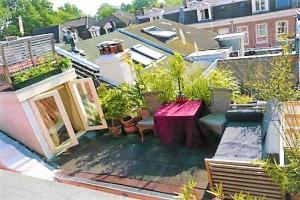 Bekijk appartement te huur in Amsterdam Saxenburgerdwarsstraat, € 1650, 70m2 - 369053. Geïnteresseerd? Bekijk dan deze appartement en laat een bericht achter!