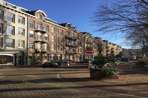 Bekijk appartement te huur in Amsterdam J.J. Cremerplein, € 1600, 65m2 - 380775. Geïnteresseerd? Bekijk dan deze appartement en laat een bericht achter!