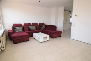 Bekijk appartement te huur in Amsterdam Remmerdenplein, € 1400, 103m2 - 390494. Geïnteresseerd? Bekijk dan deze appartement en laat een bericht achter!