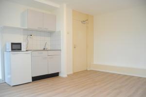 Bekijk kamer te huur in Den Haag Elviraland, € 520, 19m2 - 370326. Geïnteresseerd? Bekijk dan deze kamer en laat een bericht achter!