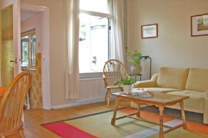View house for rent in Nijmegen Postdwarsweg, € 790, 45m2 - 380929. Interested? check out this house and leave a message!