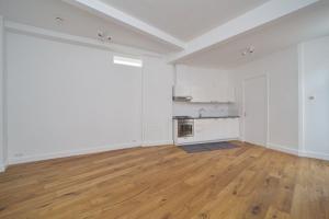 Bekijk appartement te huur in Den Haag Newtonstraat, € 1450, 80m2 - 359857. Geïnteresseerd? Bekijk dan deze appartement en laat een bericht achter!