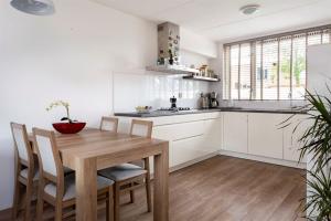 For rent: House Oostzeestraat, Lelystad - 1