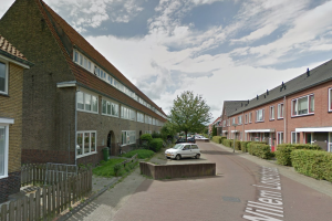 View house for rent in Leeuwarden W. Lorestraat, € 800, 50m2 - 365314. Interested? check out this house and leave a message!