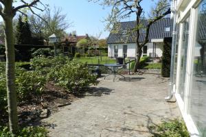 Bekijk studio te huur in Apeldoorn L.v. Kerschoten, € 550, 25m2 - 364584. Geïnteresseerd? Bekijk dan deze studio en laat een bericht achter!