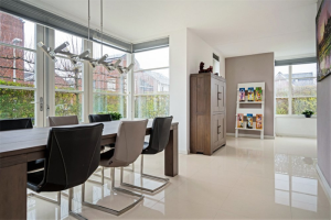 View house for rent in Utrecht Krophollerstraat, € 2500, 193m2 - 395412. Interested? check out this house and leave a message!