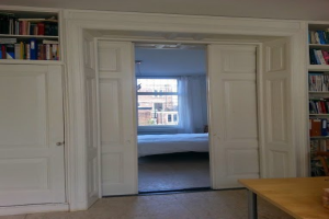 View house for rent in Utrecht Kievitdwarsstraat, € 2750, 150m2 - 382285. Interested? check out this house and leave a message!