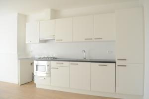 Bekijk kamer te huur in Den Haag Troelstrakade, € 395, 7m2 - 380232. Geïnteresseerd? Bekijk dan deze kamer en laat een bericht achter!