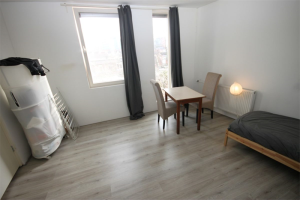 View studio for rent in Groningen Paterswoldseweg, € 709, 21m2 - 379914. Interested? check out this studio and leave a message!